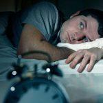 slecht slapen en stress vicieuze cirkel door piekeren